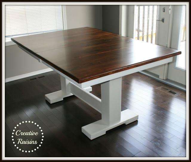 Creative Raisins Table
