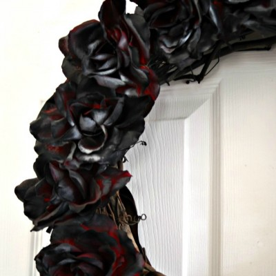 Dead Rose Wreath