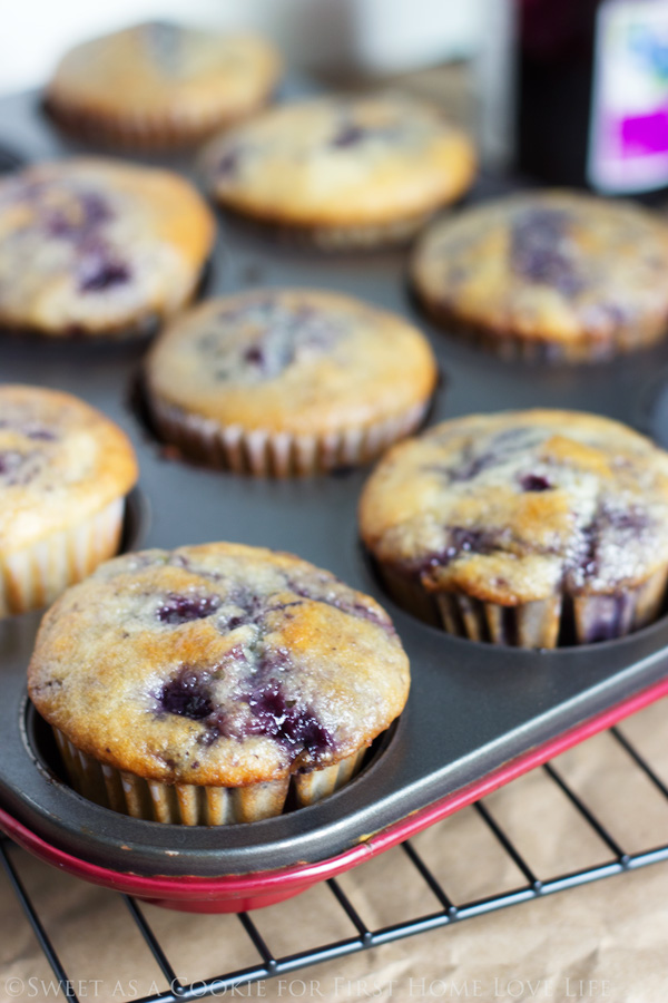 A simply delicious way to use up any jam leftovers! These easy to make and bake BLUEBERRY JAM MUFFINS will instantly be a family favorite! #recipe #blueberry #muffins #bake #breakfast #brunch