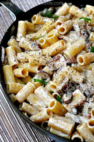 bacon_chicken_mushroom_pasta