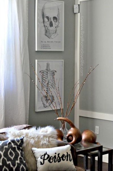 INEXPENSIVE DIY HALLOWEEN WALL ART