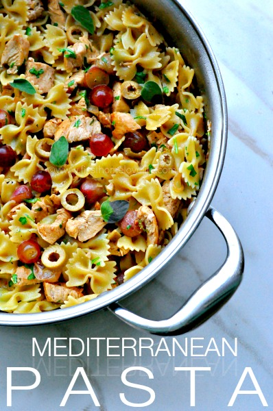 PASTA WITH CHICKEN, GRAPES, AND OLIVES