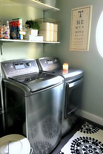beautiful laundry room refresh via firsthhomelovelife.com