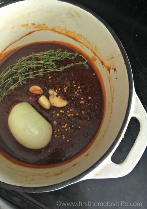 making homemade bbq sauce via firsthomelovelife.com