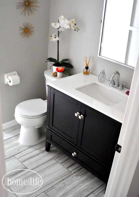 MODERN BATHROOM DESIGN IDEAS VIA WWW.FIRSTHOMELOVELIFE.COM