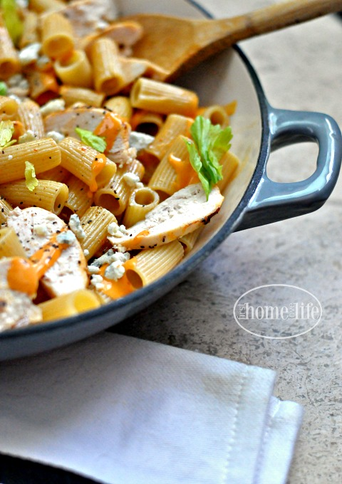 buffalo chicken pasta recipe via firsthomelovelife.com