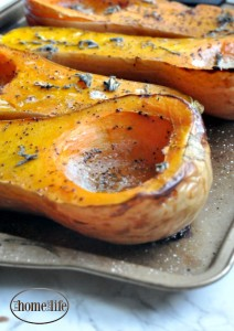 maple bacon butternut squash recipe! The most delicious way to roast butternut squash for fall! This would make a great side dish at Thanksgiving! via firsthomelovelife.com