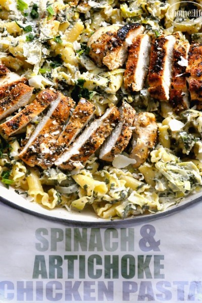 this creamy spinach artichoke chicken pasta recipe is so delicious and easy to make via firsthomelovelife.com