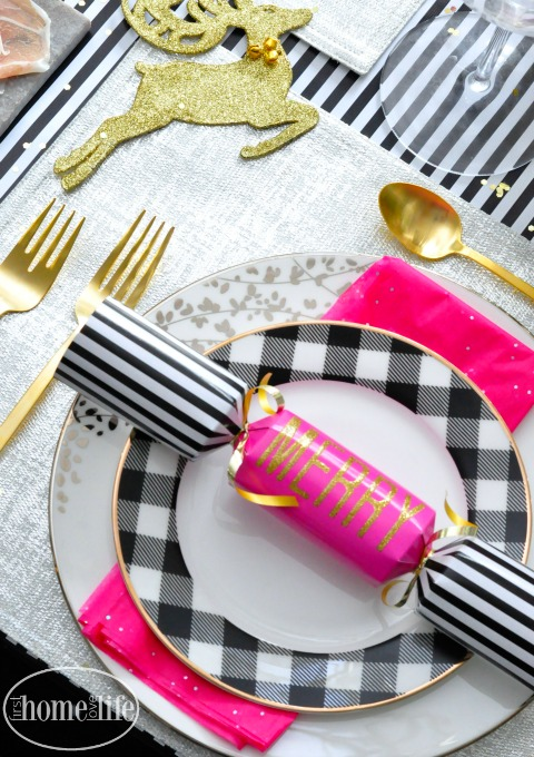 kate-spade-holiday-tablescape-via-firsthomelovelife-com