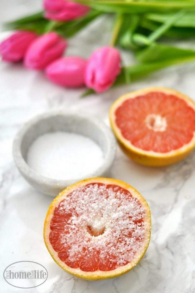 This homemade grapefruit all purpose cleaner not only smells fantastic but is great at cutting through soap scum, grease and anything else you can imagine! via firsthomelovelife.com